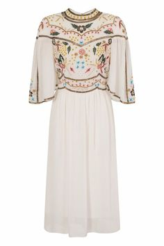 Vintage Style Cape Dress in Ivory Kimono Floral Embroidered Skater Midi length Boho Style Dresses, Simple Dresses, Boho Fashion, Vintage Fashion, Vintage Style, Fashion Ideas, Boho Wedding Dress, Wedding Dresses, Frock And Frill