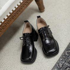 Oxford Shoes Heels, Mid Heel Shoes, Crocs, Block Heels, Dress Shoes, Music, Leather, Design, Art