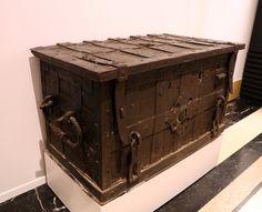 Arca. Alemania, segundo tercio del siglo XVI Hierro recortado, forjado. (Planta 0)