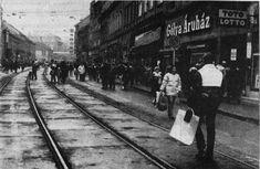 1985. Miskolc, Széchenyi utca Hungary, Arch, Street View, History, Retro, Longbow, Historia, Arches, Wedding Arches