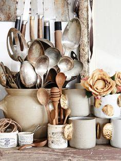Top Ten Australian Homes of 2016 · Kara Rosenlund and Timothy O - The Design Files The Design Files, Küchen Design, Kitchen Styling, Kitchen Decor, Kitchen Stuff, Design Kitchen, Kara Rosenlund, Bohemian Interior Design, Cocinas Kitchen