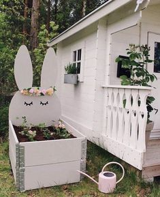 DIY-tips! Playhouse Decor, Garden Playhouse, Playhouse Outdoor, Backyard Playground, Backyard For Kids, Backyard Projects, Cubby Houses, Play Houses, Childrens Play Area Garden