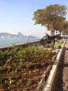 Forte de Copacabana ao fundo praia do Leme - Rio de Janeiro - RJ