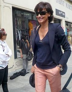 Ines de la Fressange - blazer over top and jeans makes it instantly styled