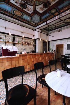Fleischerei bar in Leipzig by michael grzesiak