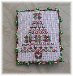 "Chris Roussillion Freebie ""Christmas Tree"""
