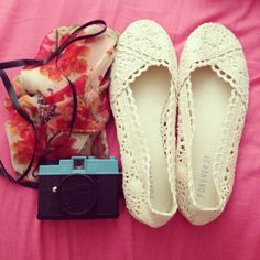 Forever 21's crochet shoes...so sweet!