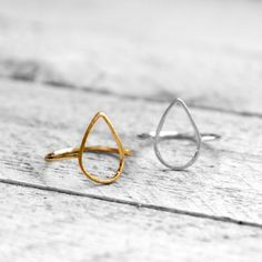 HOLLOW DROP Ring | gold koshikira Ring Game, Ringe Gold, Minimal Wardrobe, Shops, Messing, Jewelry Accessories, Silver Rings, Wedding Rings, Style Inspiration