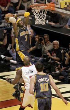 Jermaine O'Neal Nba Basketball Teams, Indiana Basketball, Jermaine O'neal, The Pacer, Indiana Pacers, Nba Playoffs, All Star, Old School, Guys