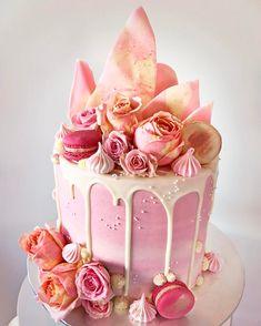 "Gefällt 4,102 Mal, 196 Kommentare - Lottie & Belle (@lottieandbelle) auf Instagram: ""Candyland cake- Red Velvet cake with white chocolate buttercream! Every kid's or big kids dream!!…"""