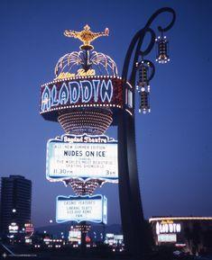 Las Vegas Travel Guide, Las Vegas Trip, Las Vegas Nevada, Leaving Las Vegas, Old Vegas, American Diner, Retro Pop, Vegas Strip, New Things To Learn