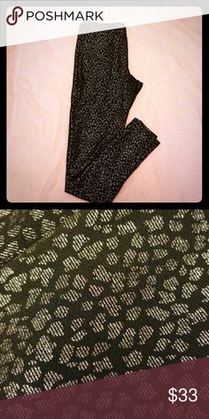 Black and Silver Glitter Leopard print Leggings Never worn. Fits S/M Material Girl Pants Leggings