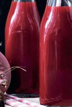 Rødbedejuice med ingefær og appelsin | Femina Breakfast Smoothies, Fruit Smoothies, Smoothie Recipes, Juice Smoothie, Fruit Juice, Happy Foods, Weight Loss Smoothies, Nutribullet, Plant Based Recipes