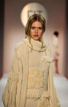 Roni Halloran, knitGrandeur: The Future of Fashion, FIT 2015 Knitwear