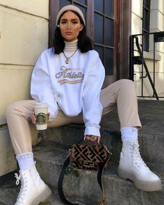 Trend Fashion, Winter Fashion Outfits, Fall Outfits, Short Outfits, Cute Casual Outfits, Retro Outfits, Vintage Outfits, Stylish Outfits, Sweatpants Outfit