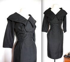 Vente de 1950 Vintage Dress / / 50 s noir soie par TrueValueVintage, $150.00