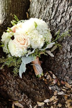 For the bridesmaids... Beautiful bouquet, with satin blush or dusty rose ribbon and pearl pins!!! So beautiful!!
