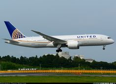 United Airlines N26906 Boeing 787-8 Dreamliner aircraft picture