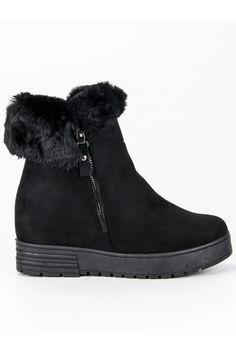 Čierne topánky na klinovom opätku s kožušinou Lucky Shoes Boots, Winter, Fashion, Crotch Boots, Winter Time, Moda, Fashion Styles, Shoe Boot, Fashion Illustrations