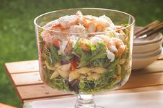 Layered Caesar, Shrimp & Pasta Salad – A layered salad recipe is the perfect light and flavorful dish idea. Our creation has tips on keeping lettuce crisp and how to up the level of Caesar-style flavor with fresh garlic. Kraft Foods, Kraft Recipes, Pasta Salad Recipes, Seafood Recipes, Cooking Recipes, Potluck Recipes, Healthy Recipes, Meal Recipes, Seafood Dishes