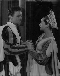 John Gielgud and Peggy Ashcroft as Benedick and Beatrice in Gielgud's production of Much Ado About Nothing at the Shakespeare Memorial Theatre, Stratford, 1950