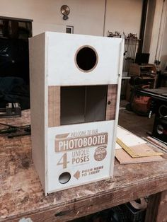 Portable Photobooth (iPad+DSLR): 10 Steps (with Pictures) Diy Photo Backdrop, Diy Photo Booth, Wedding Photo Booth, Photo Booths, Photo Backdrops, Portable Photo Booth, Birthday Traditions, Diy Home Cleaning, Ipad
