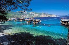 Antalya Demre otelleri Antalya'nın ilginç ve güzel ilçesi Demre'de bulunan otellerdir. Kekova'yı geçtiğinizde sizi selamlayan Demre'de konaklamanın keyfine varabilirsiniz. - http://www.antalyaotellerimiz.gen.tr/antalya-demre-otelleri/