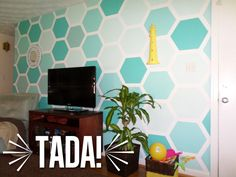 Painted Ombre Hexagon Accent Wall | I will be doing this in my daughter's room one day