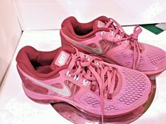c585580fdf89 Nike 135   + Womens Lunar Eclipse 4 Size 6 Hot PINK Silver Shoes girls RARE