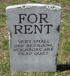 Halloween 'For Rent' tombstone prop graveyard decoration 24 Really Funny Memes, Stupid Funny Memes, Funny Laugh, Hilarious, Holidays Halloween, Happy Halloween, Halloween Party, Halloween Festival, Funny Halloween