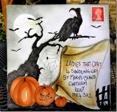 Would love to make or receive this artsy envelope with a Halloween card inside :-)