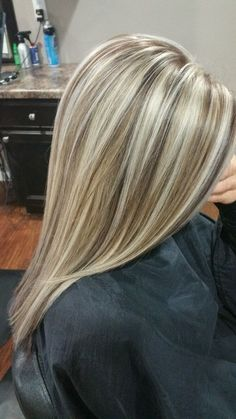 Best 11 The most popular hairstyle in 2019 – Dazhimen – SkillOfKing.Com Best 11 The most popular hairstyle in 2019 – Dazhimen – SkillOfKing. Blonde Hair Looks, Blonde Hair With Highlights, Brown Blonde Hair, Hair Color Balayage, Blonde Balayage, Blonde Color, Highlighted Blonde Hair, Honey Balayage, Subtle Balayage