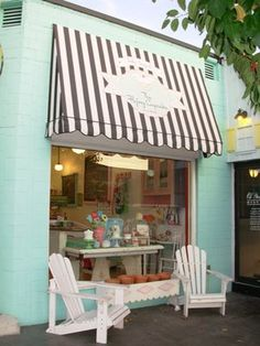 The Flying Cupcake, Indianapolis, IN. Cutest little cupcake place by my house.