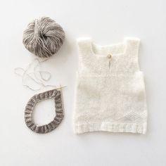 Når strikkelisten er lang og tiden er knap, så er det godt med noget som er meget hurt...