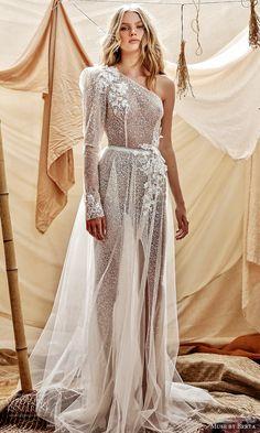 Wedding Dress Trends, Black Wedding Dresses, Gorgeous Wedding Dress, Princess Wedding Dresses, Wedding Ideas, Grecian Wedding, Gown Wedding, Mermaid Wedding, Mermaid Dresses
