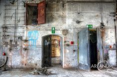 10 Abandoned Places Documented by Urbex Photographer Jan Bommes