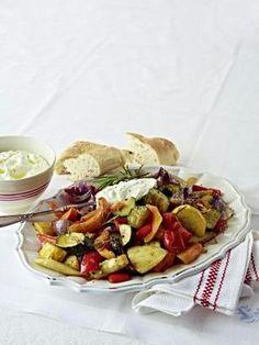 Das Rezept für Schmorgemüse mit Feta-Dip und weitere kostenlose Rezepte auf LECKER.de