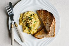 Scrambled Eggs with Ricotta and Caramelized Onions http://www.bonappetit.com/recipes/slideshow/ricotta-cheese-recipes-ideas#2