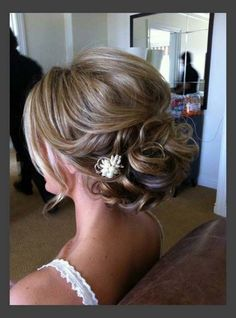 Pretty Updos For Medium Length Hair Ideas
