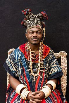 """A exposição """"Espírito da África - Os Reis Africanos"""" está em cartaz no Museu Afro Brasil- Rei de Bana."""