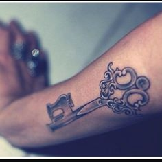 156 Stylish Lock And Key Tattoos And Their Meanings awesome  Check more at http://fabulousdesign.net/key-lock-tattoos-meanings/
