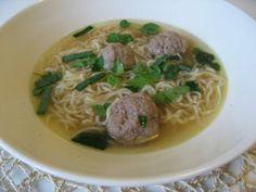 Lauran Tähti: Vietnamilainen lihapullakeitto