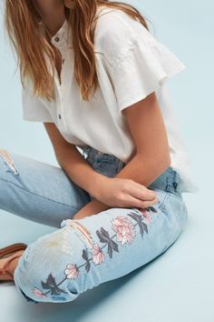 Citizens of Humanity Emerson Mid-Rise Slim Boyfriend Jeans Stylish Fashion Trends. Check out our buyable pins. Style Outfits, Cute Outfits, Fashion Outfits, Fashion Trends, Fashion Bloggers, Trendy Outfits, Fashion Ideas, Girl Outfits, Mode Style