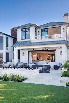 Modern Architecture Design, Amazing Architecture, Modern Design, Luxury Estate, Luxury Homes, Home Decor Online, Apartment Design, Backyard Landscaping, House Design