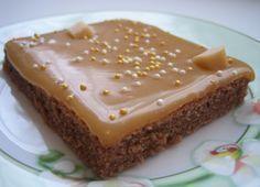 Omar-kinuskipalat - Canelian keittiössä - Vuodatus.net Baking Recipes, Cake Recipes, Delicious Desserts, Yummy Food, Cake Bars, Sweet Pie, Breakfast Dessert, No Bake Treats, Recipes From Heaven