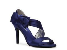 Another option for blue heels