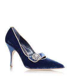 View the Manolo Blahnik Decebalo Court Shoes