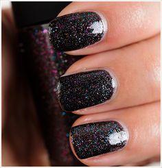 MAC Everything That Glitters Nail Lacquer #nail_polish