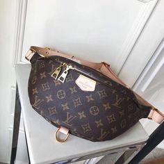 45cace796f Replica Mens Handbags Gucci Kingsnake Print Leather Duffle Mens Bag ...