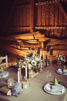 Romantische Hochzeit in der Scheune